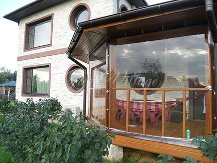 Гибкие окна для беседки в Ярославле – «семейный» вариант